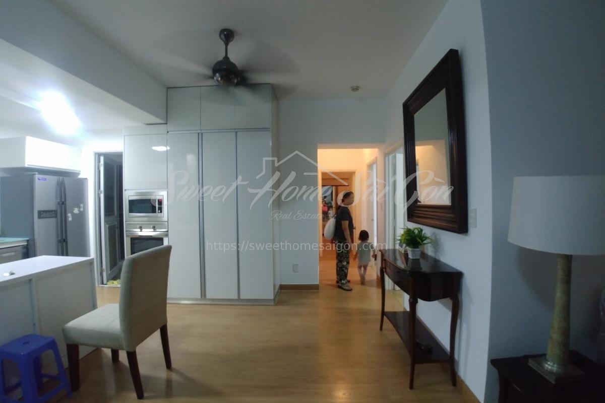 Phu My Hung - Tan phong ward,District 7,Ho Chi Minh City,Vietnam,3 Bedrooms Bedrooms,2 BathroomsBathrooms,Apartment,GARDEN COURT 1,1191