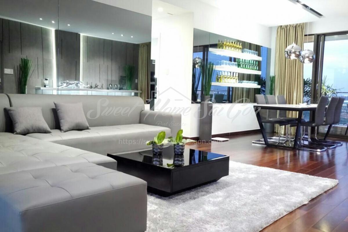 Tân Phong,7,Ho Chi Minh City,Vietnam,3 Bedrooms Bedrooms,Apartment,1046